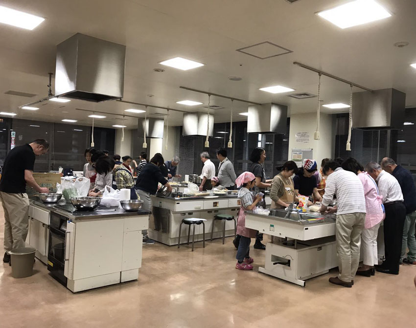 http://www.sapporo-koshi.jp/topics/up_images/2017china_cooking01.jpeg