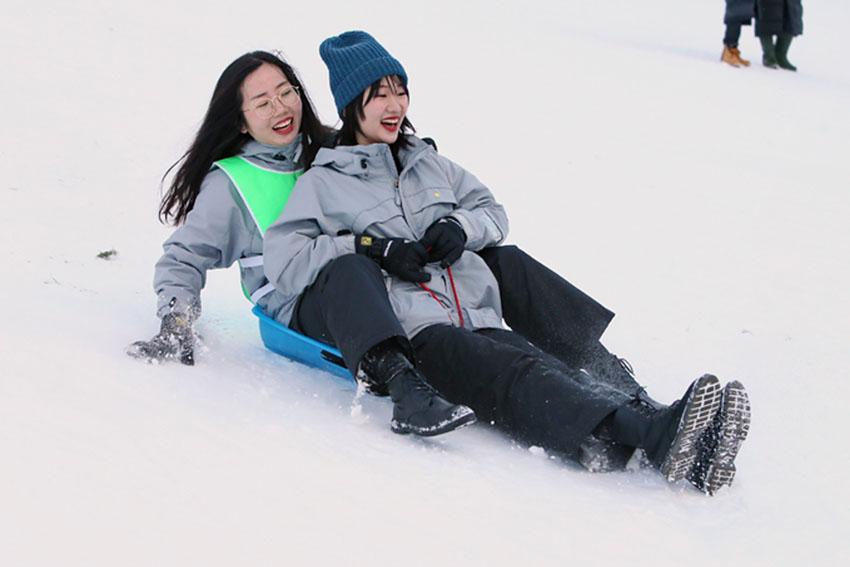 http://www.sapporo-koshi.jp/topics/up_images/2018tanki_skiboard05.jpg
